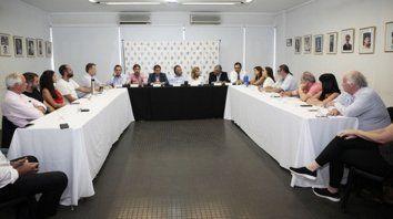 El comité nacional radical objetó medidas adoptadas por la Casa Rosada.