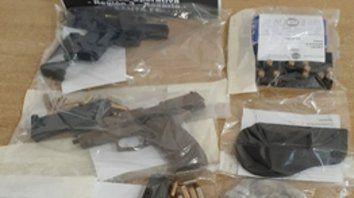 Secuestro. Armas y municiones.