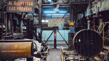 Industricidio. la producción fabril muestra casi dos años de bajas ininterrumpidas.