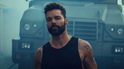 Ricky Martin lanzó su nuevo tema, Tiburones