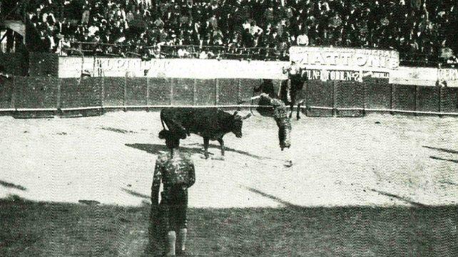 El día de su inauguración, asistieron cerca de 10 mil espectadores.