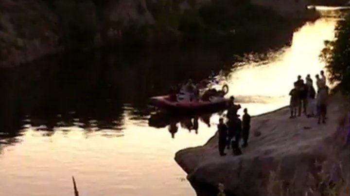 Hallaron partes de lo que sería un cuerpo humano en el arroyo Saladillo