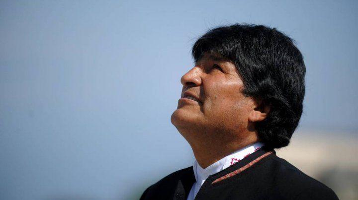 Está en duda la candidatura de Evo a senador por residir fuera de Bolivia