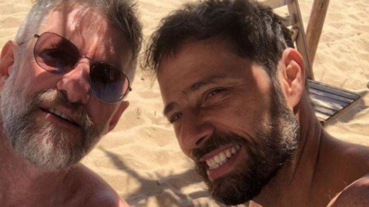 Las fotos de las vacaciones de Novaresio y su novio en la playa