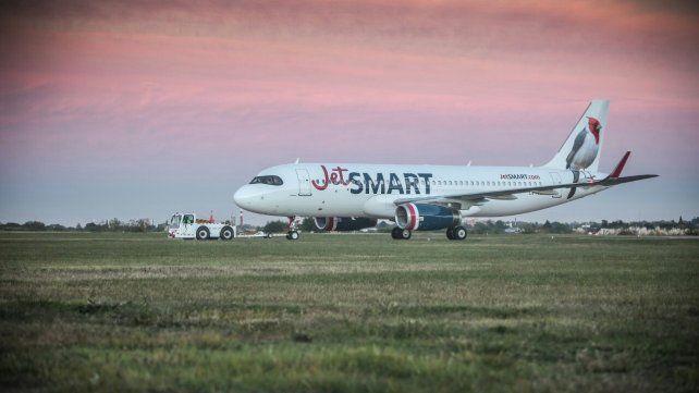 Señal de alerta. La decisión de JetSmart expone una realidad complicada en la estación aérea rosarina.