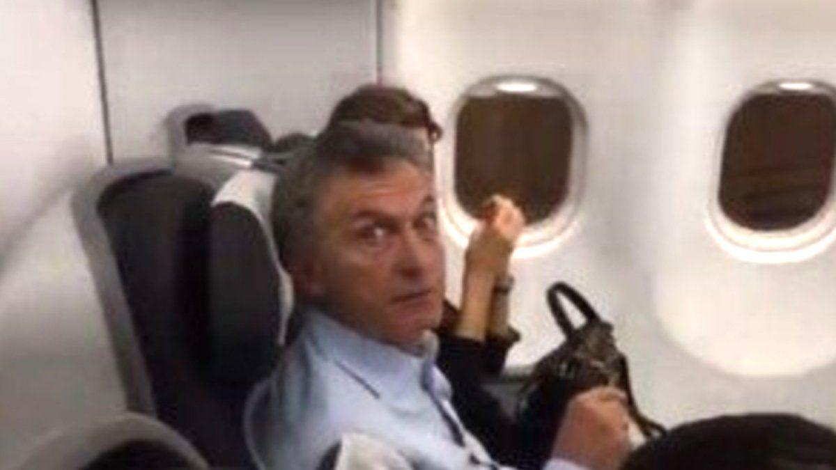 Macri fue increpado arriba de un avión | Mauricio Macri