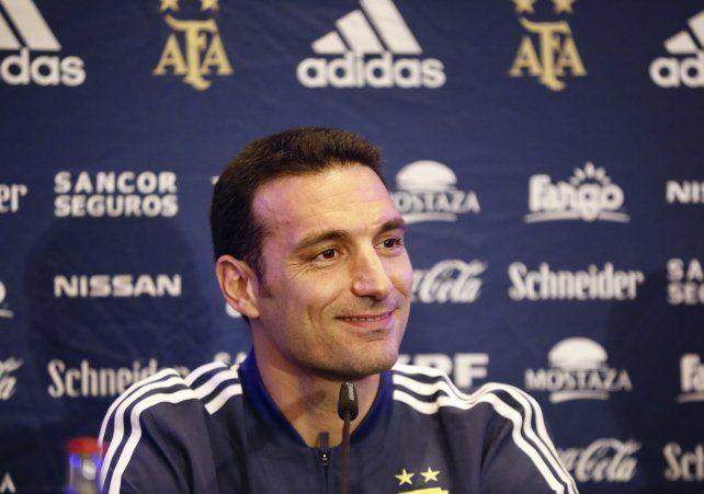 Scaloni convocó a seis jugadores de Italia y tres de España, a pesar del coronavirus