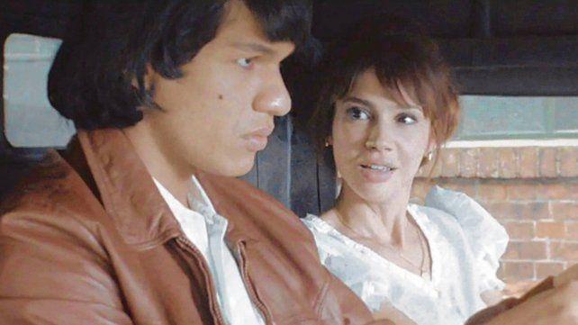 Mauricio Paniagua(Monzón) y Celeste Cid(Susana)