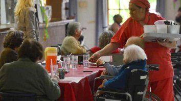 Entre agosto y septiembre fueron 53 las residencias de adultos mayores que activaron el protocolo por sospechas de Covid.