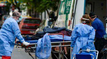 El ministerio informó que hay 686 pacientes internados en terapia intensiva.
