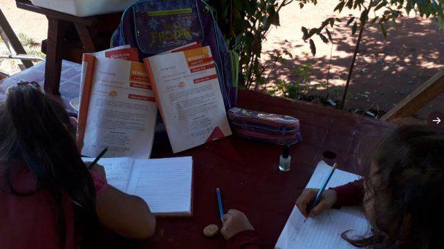 El Ministerio de Educación de la Nación comenzó con la entrega de 13 millones de cuadernillos para que todos puedan acceder a los contenidos escolares