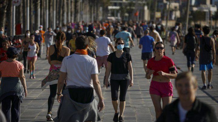 Europa abre el turismo pero restringe el ingreso de una larga lista de países