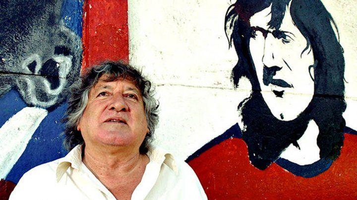 Murió el Trinche Carlovich, el ídolo charrúa que fue golpeado en forma salvaje en un intento de robo