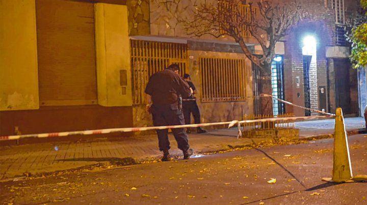 Italia al 2100. Una casa donde vivió el fiscal Ismael Manfrín fue atacada la noche del 29 de mayo de 2018.
