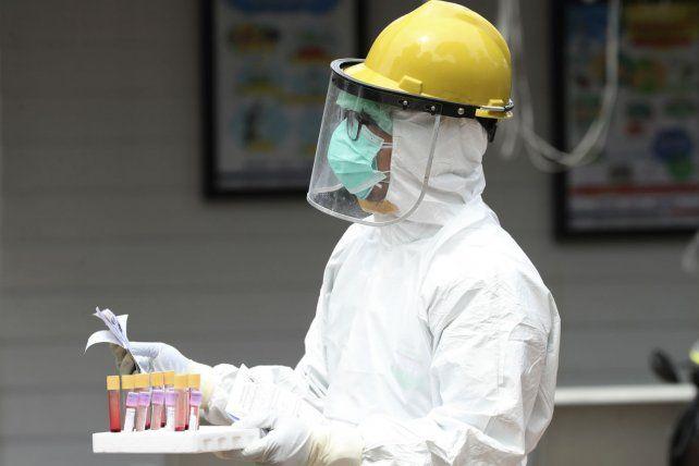 Otro récord de contagios y muertos por coronavirus en el país