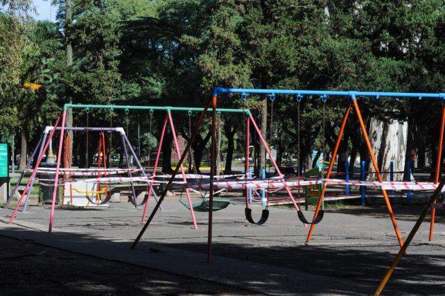 Los juegos del parque Independencia fueron clausurados esta mañana.