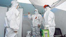 En territorio. La semana pasada se realizaron testeos en barios populares de la ciudad y no se detectó ningún caso de Covid-19.