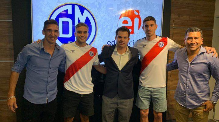 Alemanno cerró los pases de los ex Central Mansilla y Alfani en Deportivo Municipal.