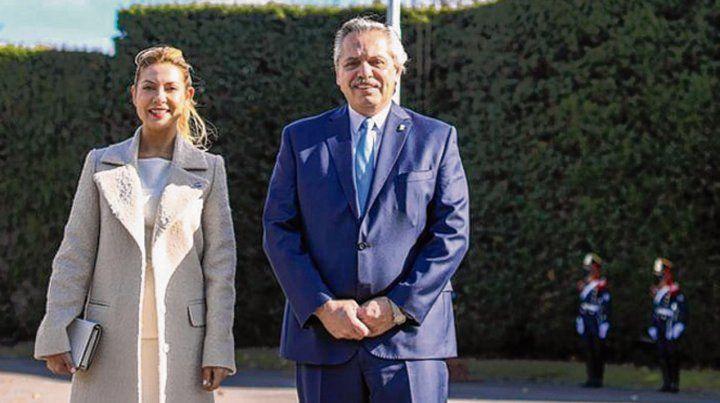 Olivos. El jefe del Estado y la primera dama durante la breve ceremonia.