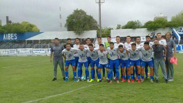 El plantel de Argentino espera una resolución de AFA para ver si juega en el presente año.