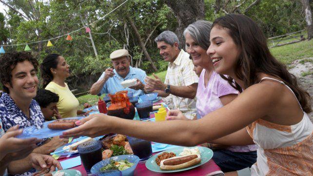 En Rosario analizan permitir las reuniones familiares