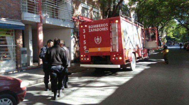 Los bomberos controlaron un incendio en un edificio de Entre Ríos al 2000