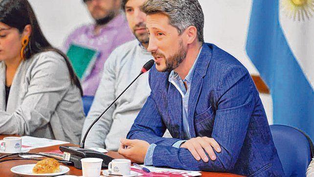 """Letcher. El director del Cepa consideró que abrir el debate en torno a la recaudación """"es totalmente central""""."""