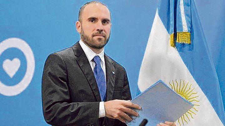acercamiento. El ministro Guzmán dijo que el diálogo con los acreedores avanza y extendió el plazo.