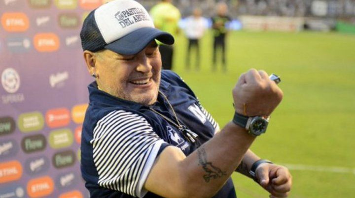 Maradona dejaría de ser el técnico de Gimnasia y Esgrima La Plata