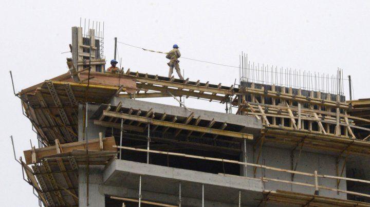 Industria y construcción se hundieron durante el mes de abril