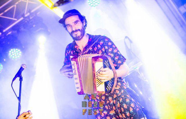 Pablo Ignacio Coronel es el director y músico del filme Cumbia que te vas de ronda.