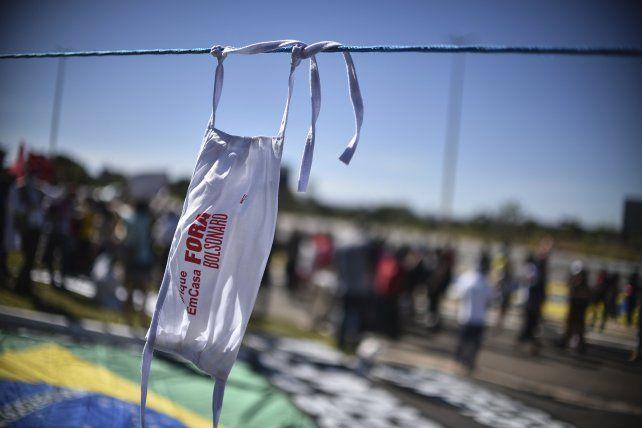 Brasil superó la barrera de 50 mil muertes por coronavirus