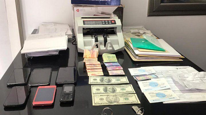 Una de las oficinas financieras allanadas por la policía en el marco de la pesquisa.