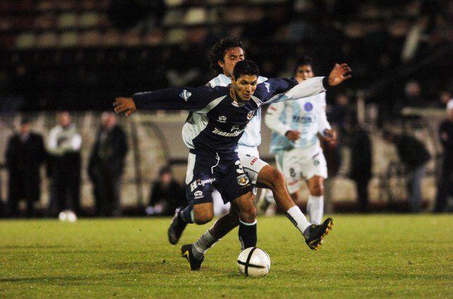 Javier Yacuzzi, autor del gol del triunfo en la primera final en el Coloso.
