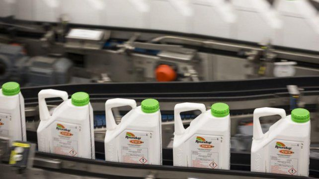 Bayer acordó pagar US$ 10.900 millones para resolver juicios por daños de herbicidas con glifosato