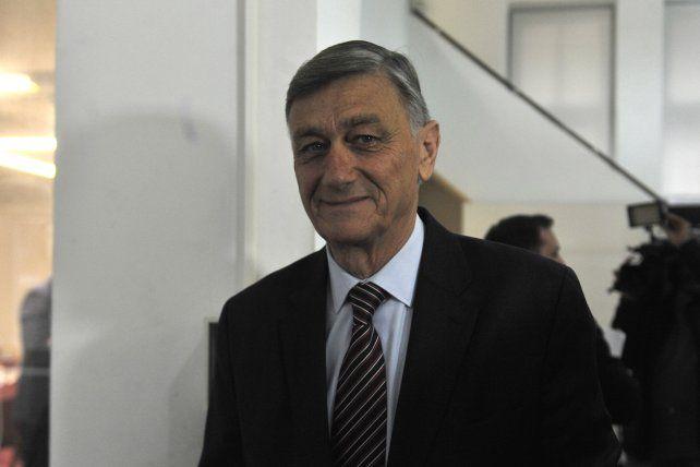 El exgobernador Hermes Binner está internado en Casida.