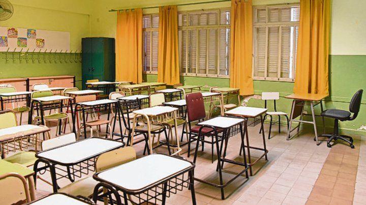 aulas vacías. El crecimiento de contagios enciende las alertas.