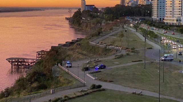 Dos pescadores rescataron a una joven que se cayó en las aguas del río Paraná