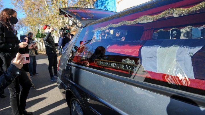 El último adiós al exgobernador Binner. Fue esta mañana en Casilda.