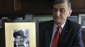 Binner y un retrato de una de sus principales referencias: Alfredo Palacios.