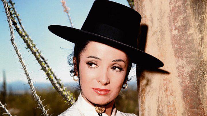 es de acá. Linda Cristal nació en Rosario y triunfó en Hollywood.