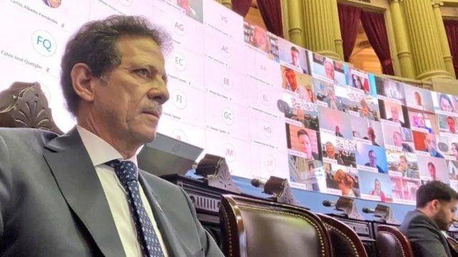 El diputado Julio Sahad durante la última sesión de la cámara.