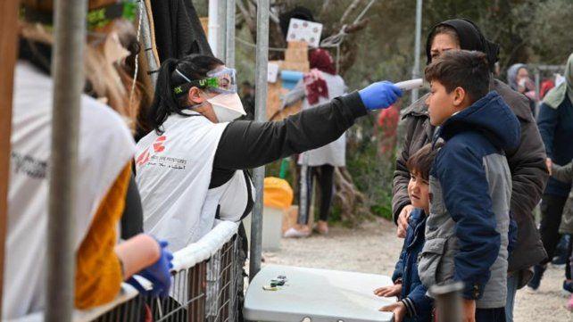Médicos sin Fronteras adaptó actividades en el campo de refugiados de Moria en Lesbos