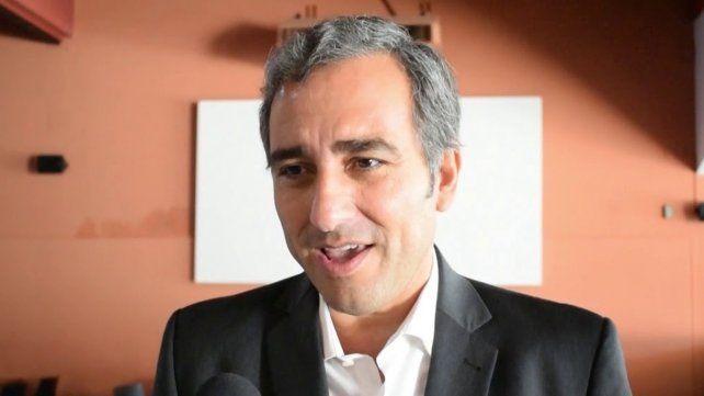 Martínez: Debemos dialogar sobre qué políticas públicas necesita Santa Fe para combatir el hambre que nos acecha