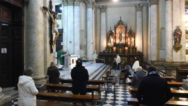 Inminente anuncio de la provincia para habilitar misas con hasta 30 feligreses
