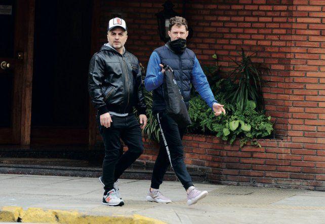 El periodista Angel de Brito está casado con Javier Medina.