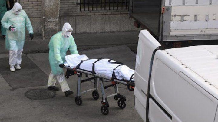 Hubo 44 muertes y 2.667 contagios, que llevan el total a 61.197