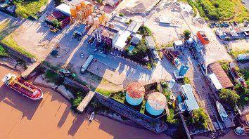 Puerto de Reconquista. La firma Vicentin tiene una marcada participación en la terminal fluvial.