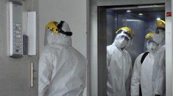 Informan 12 nuevas muertes y alertan sobre brotes por conglomerados