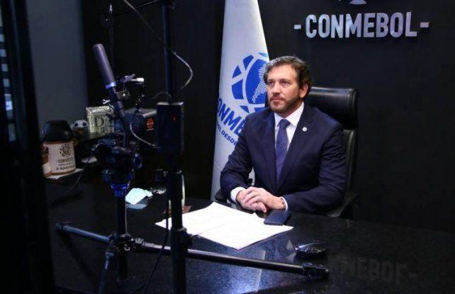 Alejandro Domínguez destacó el protocolo sanitario que elaboró Conmebol para la posible vuelta del fútbol.